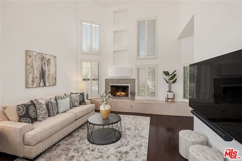 Photo of 16137 W Sunset Boulevard #304, Pacific Palisades, CA 90272 (MLS # 21793242)