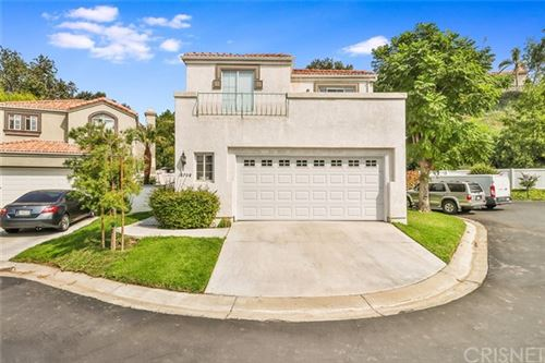 Photo of 18708 Nathan Hill Drive, Canyon Country, CA 91351 (MLS # SR21126242)