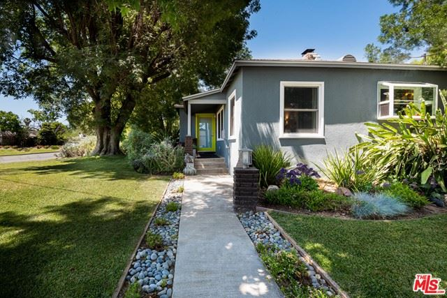 Photo of 5632 Varna Avenue, Valley Glen, CA 91401 (MLS # 21748242)