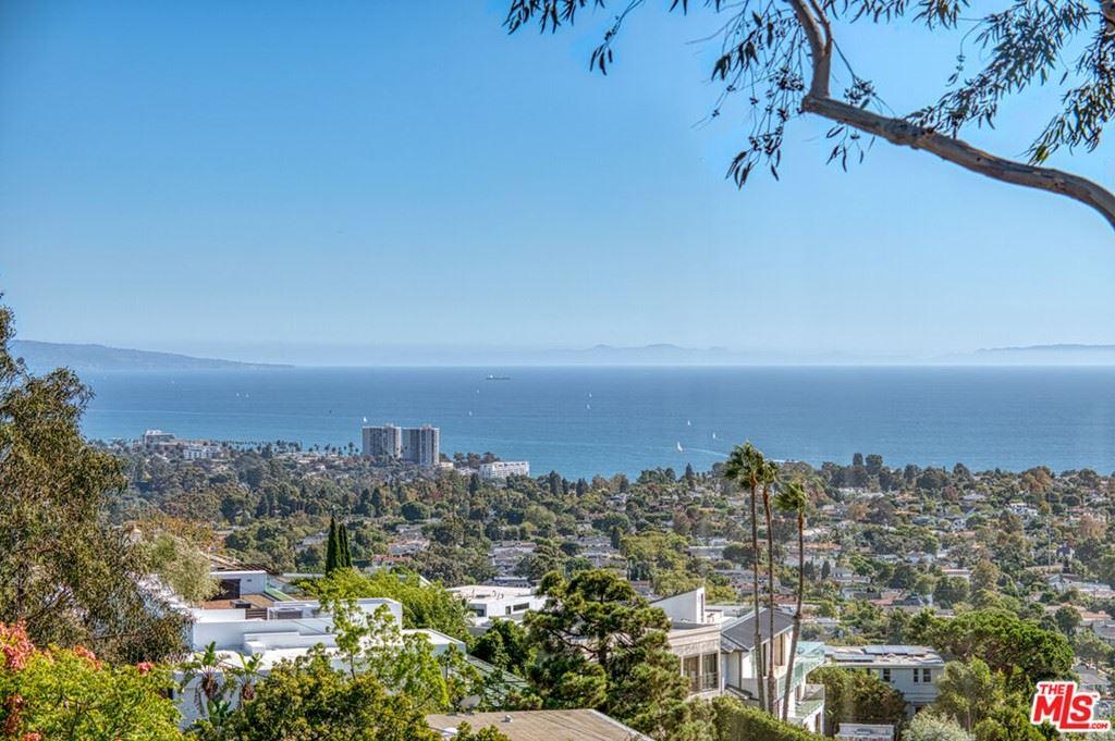 Photo of 1425 Chautauqua Boulevard, Pacific Palisades, CA 90272 (MLS # 21794242)