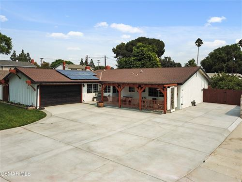 Photo of 1166 Roldan Avenue, Simi Valley, CA 93065 (MLS # 221005244)
