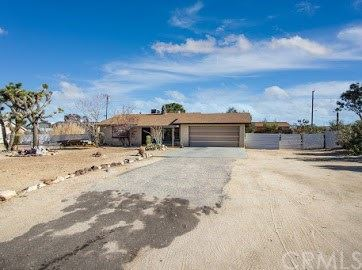 6979 Hanford Avenue, Yucca Valley, CA 92284 - MLS#: JT20257244