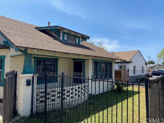 1016 W 1st Street, Santa Ana, CA 92703 - MLS#: PW21076244