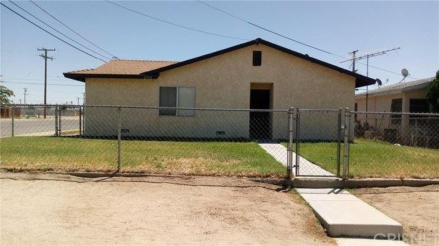 Photo for 2772 Desert Street, Rosamond, CA 93560 (MLS # SR20216244)