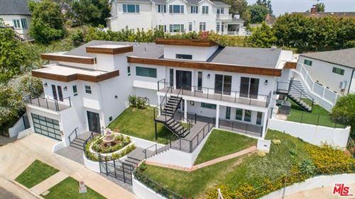 Photo of 436 Levering Avenue, Los Angeles, CA 90024 (MLS # 20596246)