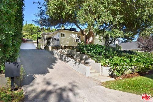 Photo of 4033 Benedict Canyon Drive, Sherman Oaks, CA 91423 (MLS # 20653246)