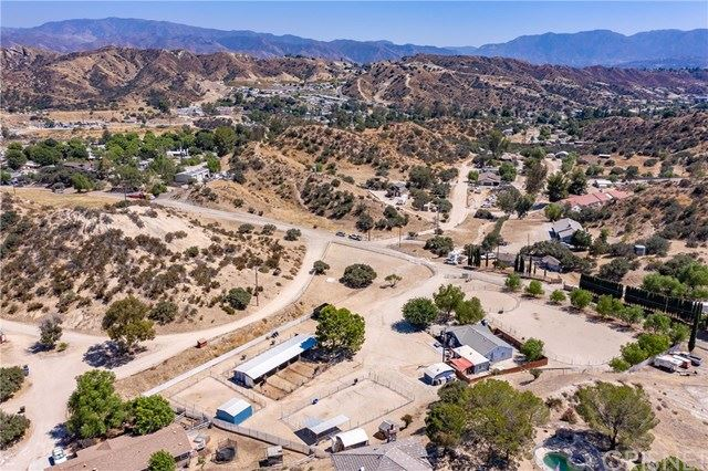 Photo for 16703 Solana Lane, Canyon Country, CA 91351 (MLS # SR19188246)