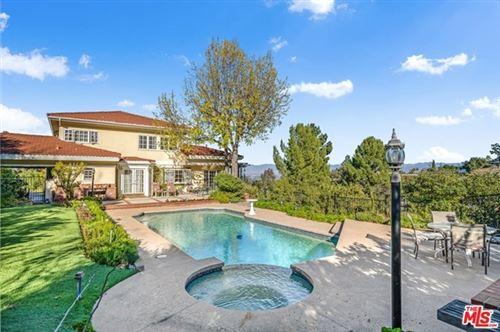 Photo of 17052 Empanada Place, Encino, CA 91436 (MLS # 21680248)