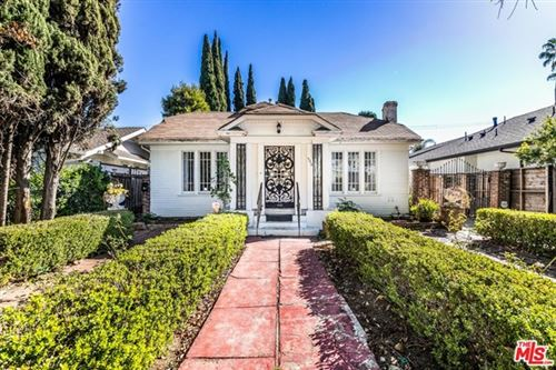 Photo of 584 N Lucerne Boulevard, Los Angeles, CA 90004 (MLS # 21696248)