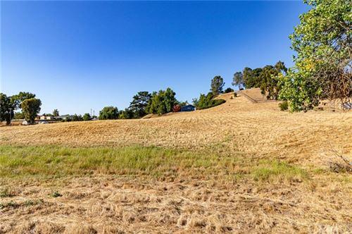 Photo of 8165 San Gabriel Road, Atascadero, CA 93422 (MLS # NS21145248)
