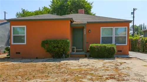 Photo of 6208 Gentry Avenue, North Hollywood, CA 91606 (MLS # SR20146248)