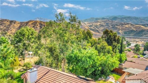 Tiny photo for 29016 Lillyglen Drive, Canyon Country, CA 91387 (MLS # SR20215248)
