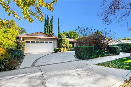 Photo of 6626 Moorcroft Avenue, Woodland Hills, CA 91303 (MLS # SR20248248)