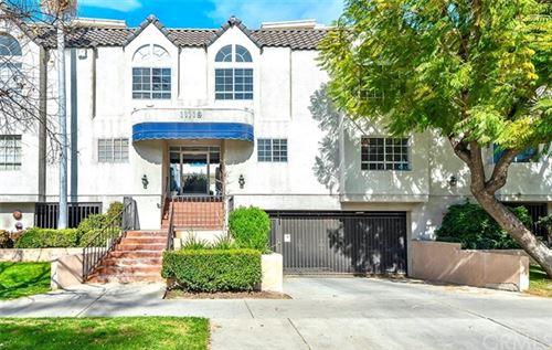 Photo of 11119 Camarillo Street #101, North Hollywood, CA 91602 (MLS # ND21085251)