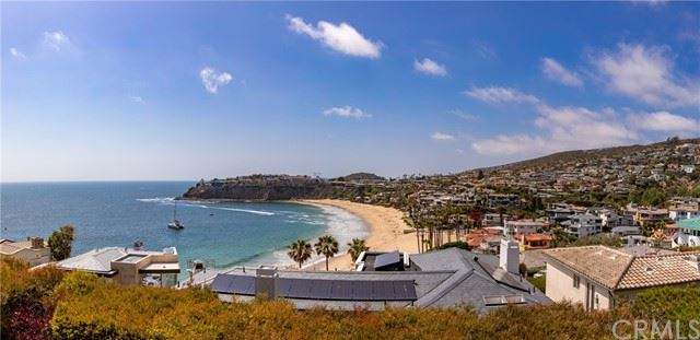 Photo of 17 Smithcliffs Road, Laguna Beach, CA 92651 (MLS # LG21105251)