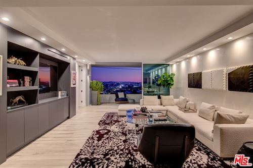 Photo of 1100 ALTA LOMA Road #805, West Hollywood, CA 90069 (MLS # 19529252)