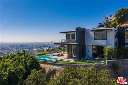 Photo of 8366 SUNSET VIEW Drive, Los Angeles, CA 90069 (MLS # 20547252)