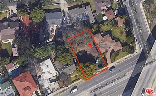 Photo of 4257 Sepulveda Boulevard, Sherman Oaks, CA 91403 (MLS # 21727252)