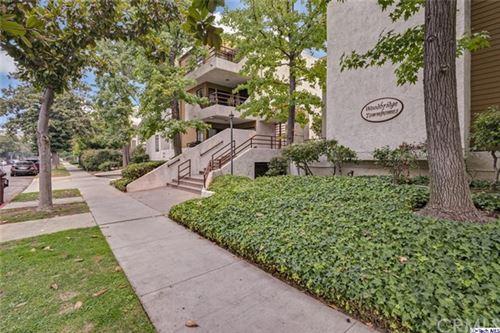 Photo of 400 N Louise Street #206, Glendale, CA 91206 (MLS # 320003253)