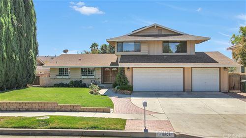Photo of 18926 Celtic Street, Northridge, CA 91326 (MLS # SR21204253)