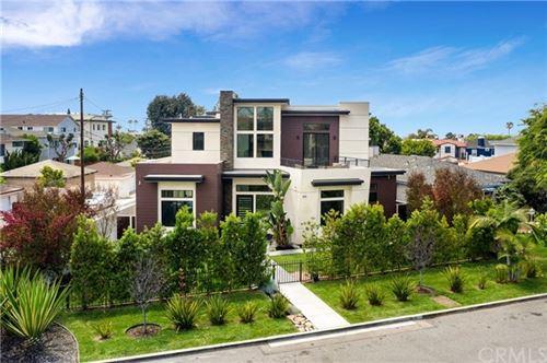 Photo of 419 S Lucia Avenue, Redondo Beach, CA 90277 (MLS # PV21135254)