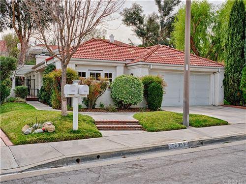 Photo of 26306 Ivrea Place, Valencia, CA 91355 (MLS # SR21151254)
