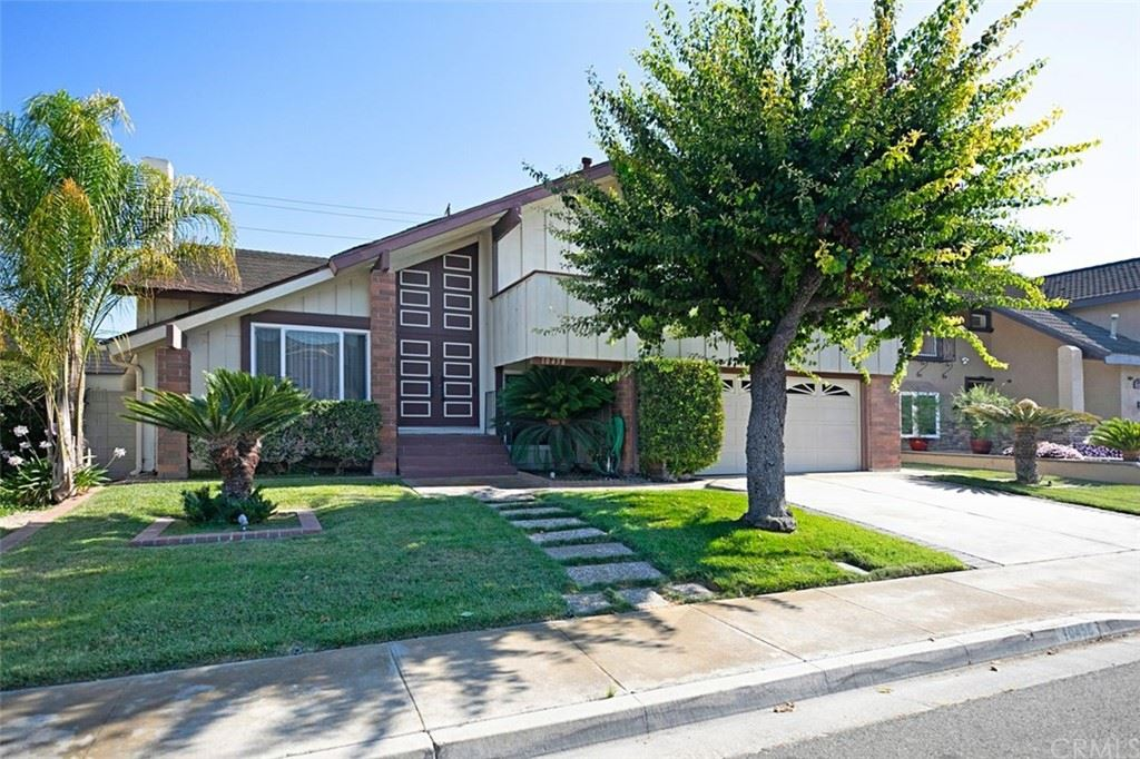 Photo of 10458 Placer River Circle, Fountain Valley, CA 92708 (MLS # OC21167254)