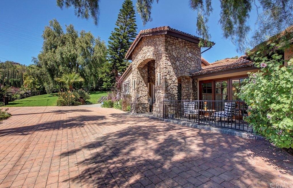 Photo of 9082 Loma Street, Villa Park, CA 92861 (MLS # TR21093255)
