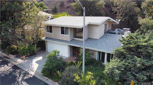 Photo of 3463 Standish Drive, Encino, CA 91436 (MLS # SR21160256)