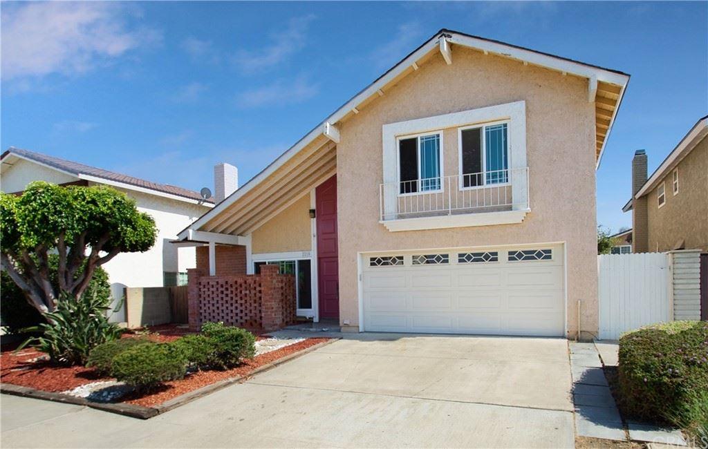 Photo for 2210 E Vermont Avenue, Anaheim, CA 92806 (MLS # PW21160257)