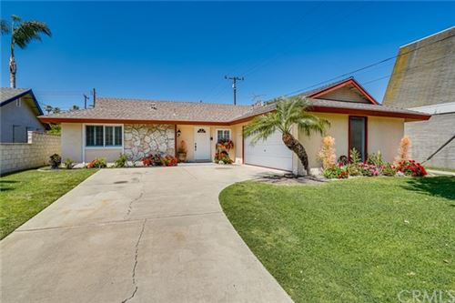 Photo of 6611 Abbott Drive, Huntington Beach, CA 92647 (MLS # OC21089258)