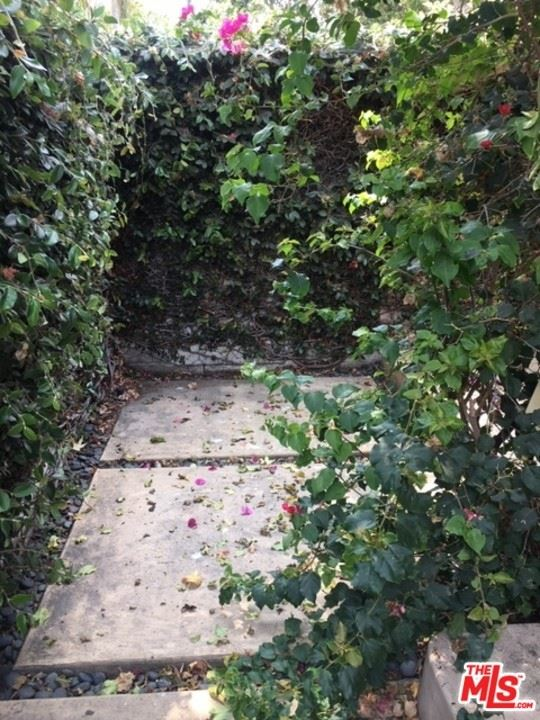 Photo of 8715 Sherwood Drive, West Hollywood, CA 90069 (MLS # 21765258)