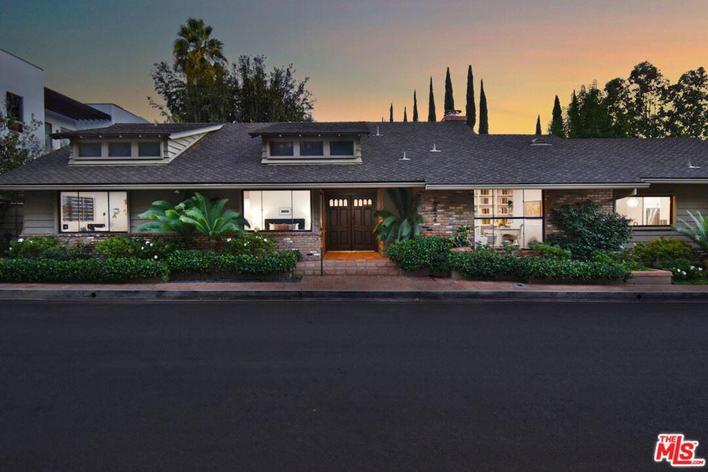 Photo of 16434 Marbro Drive, Encino, CA 91436 (MLS # 21794258)
