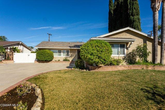 Photo of 2162 Trinway Avenue, Simi Valley, CA 93065 (MLS # 221000258)