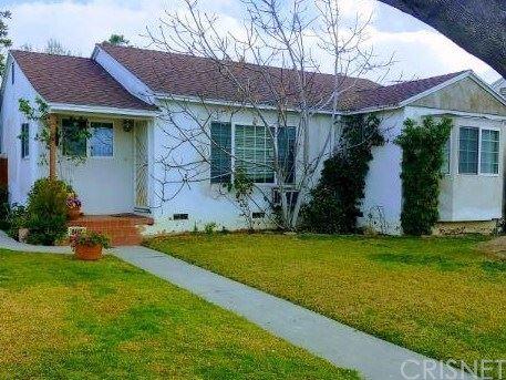 Photo of 6442 Lindley Avenue, Reseda, CA 91335 (MLS # SR20018259)