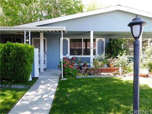 Photo of 19237 Avenue Of The Oaks #B, Newhall, CA 91321 (MLS # SR20099259)