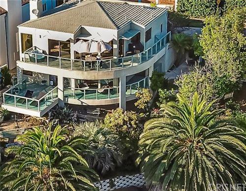 Photo of 21466 RAMBLA VISTA, Malibu, CA 90265 (MLS # SR20061260)