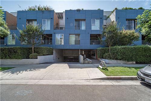 Photo of 855 N Croft Avenue #305, Los Angeles, CA 90069 (MLS # TR21167260)
