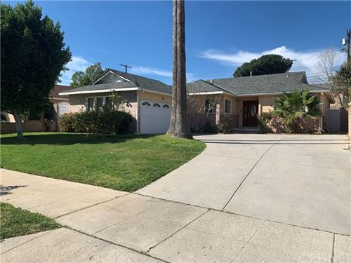Photo of 10041 Mclennan Avenue, Granada Hills, CA 91343 (MLS # SR20044261)