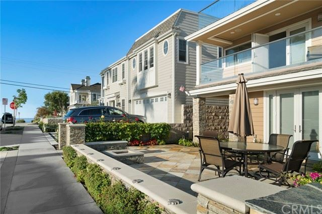 Photo of 305 Marigold Avenue, Corona del Mar, CA 92625 (MLS # PW21100261)