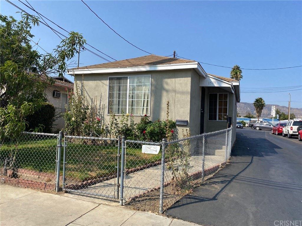 1539 celis, San Fernando, CA 91340 - MLS#: SR21159261