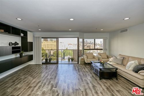 Photo of 727 S ARDMORE Avenue #704, Los Angeles, CA 90005 (MLS # 20554262)