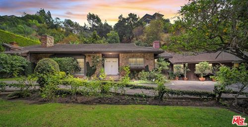 Photo of 1130 Coldwater Canyon Drive, Beverly Hills, CA 90210 (MLS # 20646262)