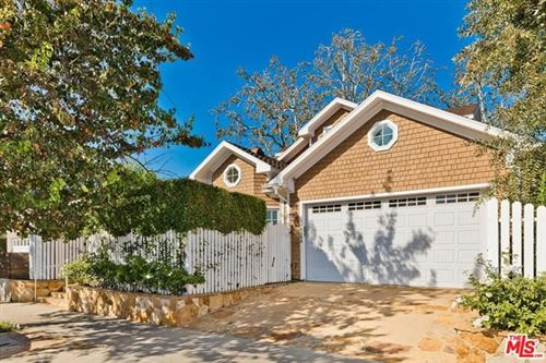 Photo of 11355 Homedale Street, Los Angeles, CA 90049 (MLS # 21679262)