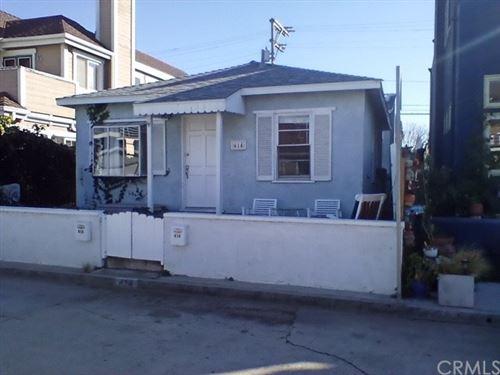 Photo of 414 31st Street, Hermosa Beach, CA 90254 (MLS # SB21076262)
