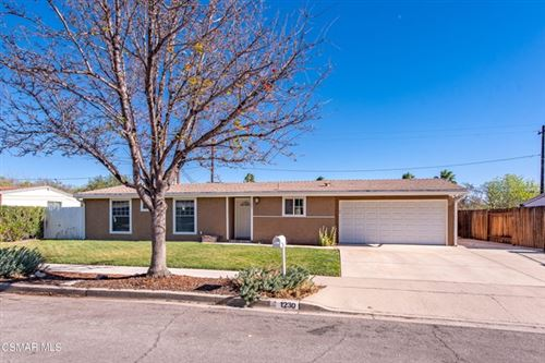 Photo of 1230 Whitecliff Road, Thousand Oaks, CA 91360 (MLS # 221000263)