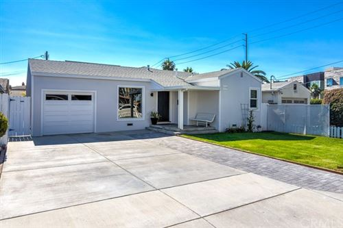 Photo of 106 Alabama Street, Huntington Beach, CA 92648 (MLS # OC20115263)