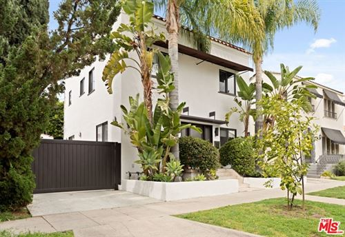 Photo of 621 N Windsor Boulevard, Los Angeles, CA 90004 (MLS # 21716264)