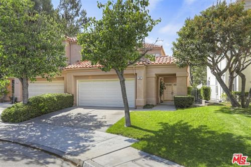 Photo of 889 Calle Amable, Glendale, CA 91208 (MLS # 21758264)