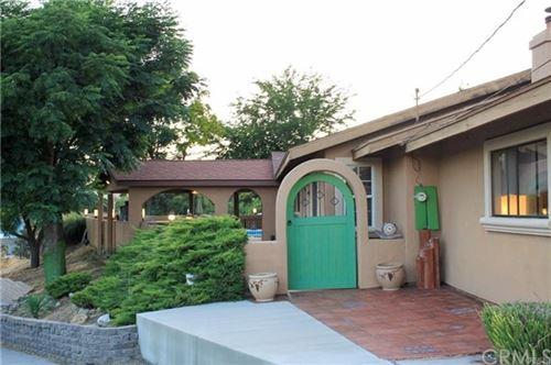Photo of 9805 Las Lomas Avenue, Atascadero, CA 93422 (MLS # NS21013264)